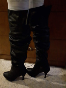 Sexy Black Knee High Boots High Heel Size 8 Synthetic Leather