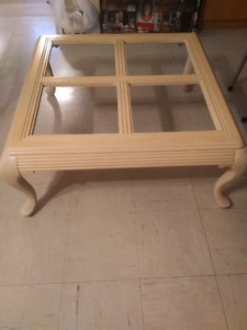 Coffe table 36x36 $45