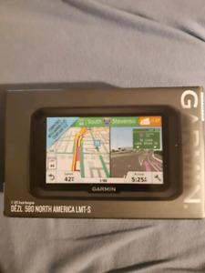 TRUCK GPS NEW IN BOX DEZL 580 North America LMT-S