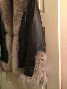 Danier Leather Jacket with real Fox fur London Ontario image 4