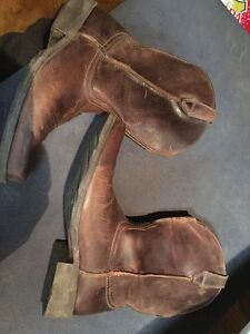 Ariat mens boots size 12