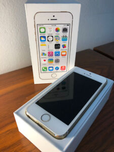 iPhone 5S 16GB White/Gold Unlocked + Tech21 Case