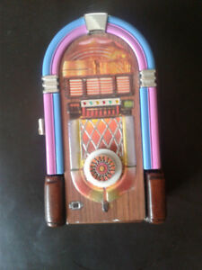 JIM BEAM CERAMIC JUKE BOX DECANTER
