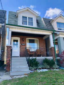 Charming fully furnished home for rent - Feb to Oct 2019