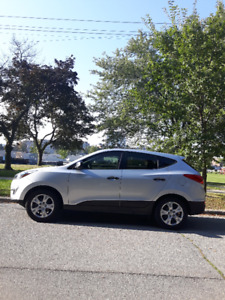 2015 Hyundai Tucson SUV, 10/10 condition