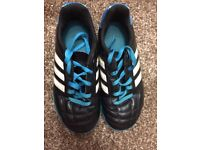 ADIDAS/Nike football boots