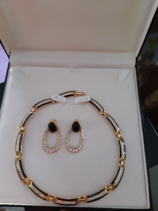 """BN, """"Fifth Ave. Classic Gold Necklace and Matching Earrings"""""""