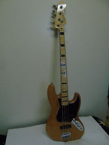 FENDER '' SQUIER JAZZ BASS ''
