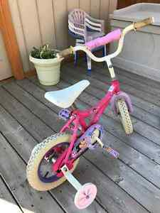 Girls Cycle with Training Wheels