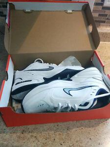 Nike Men's Air Monarch Training/Running Shoes