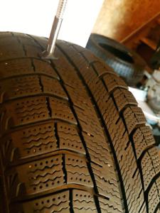 Pneus Michelin haute qualité 205-55-16