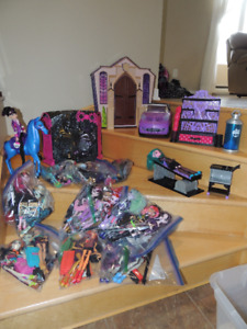 Lot Monster High