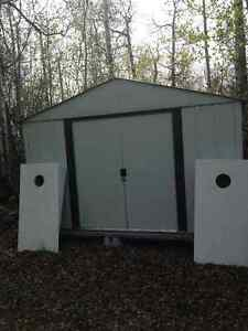 10x8 galvanized steel shed - excellent condition