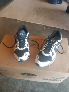 Under Armour Running Shoe size 10 were used indoors for gym.