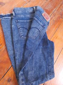 Hilfiger qnd Levis jeans