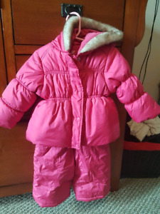 2 piece snow suit 6 to 12 mths