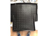 Bmw e90 boot protector and carpet Matt
