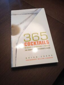 "365 Cocktails ""The Complete Bartenders Guide"" (BRAND NEW)"