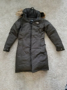 Women's North Face Winter Jacket (Parka)