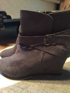 NEW Never Worn Faux Gray Suede Heeled Boots