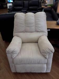 *** NEW *** ASHLEY DARCY STONE RECLINER   S/N:ERRECLINER   #STORE548