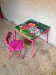 Dora Table and Chair