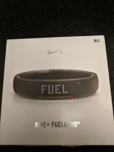 Nike+ Fuelband in black - Brand New, still sealed in the box!
