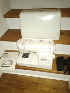 Kenmore Limited Edition Sewing machine 385.16765
