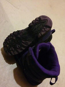 Girl's size 5 snow boots Kitchener / Waterloo Kitchener Area image 3