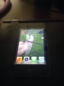 iPod touch 4th Generation (16GB)