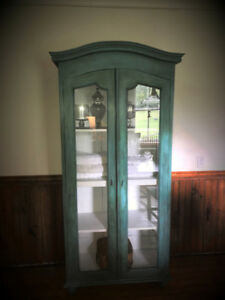 French Provincial Style Glass Door Accent Cabinet