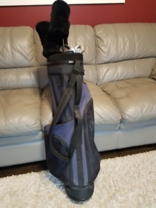 Mens Right hand Dunlop Resolve Low Profile Golf set and Bag