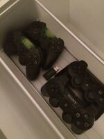 PS3 Slim avec 4 controllers manettes & 4 jeux games