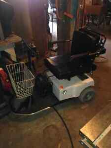 3 wheel medical scooter