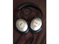 Bose QC15 Noise Cancelling Over Ear Headphone for Apple