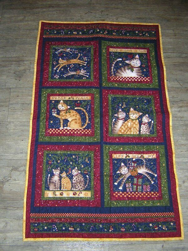 Hand Made Christmas Cat Quilt Wall Hanging Table Topper