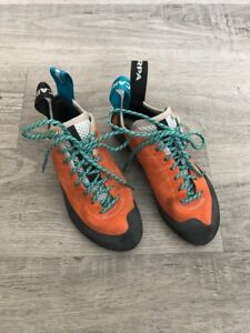 Women's Scarpa Helix Climbing Shoes - 36