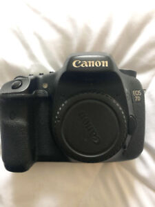 Canon 7D W/ Flash and extras $700 OBO