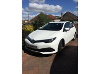 Toyota Auris 1.2T 5dr ONLY 500 miles