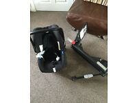Brittax Baby Safe Car Seat & Isofix Base