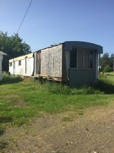 Free mobile home