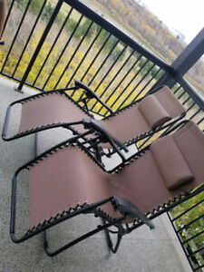 BRAND NEW Fold-able Reclining Lawn Chairs