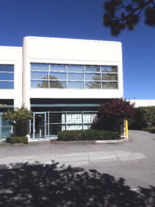 FANTASTIC OFFICES AND WAREHOUSE FOR RENT