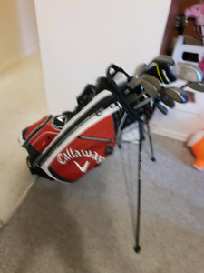 Callaway golf bag with clubs