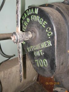 Antique Forge w/blower
