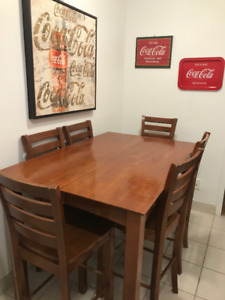 HAMILTON SPILLS SOLID WOOD DINING ROOM TABLE 6 CHAIRS