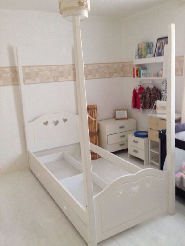 how to put a princess toddler bed together