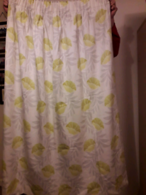 Lovely Floral Summery Pair of Lined Curtains