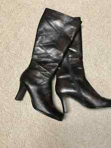 Women's Block Heel High Leather Boots, Size 10 (40)