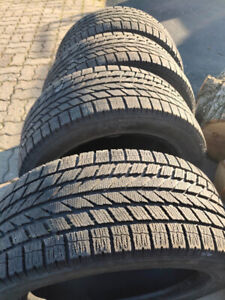 205/55 R16 TOYO winter tires very good condition